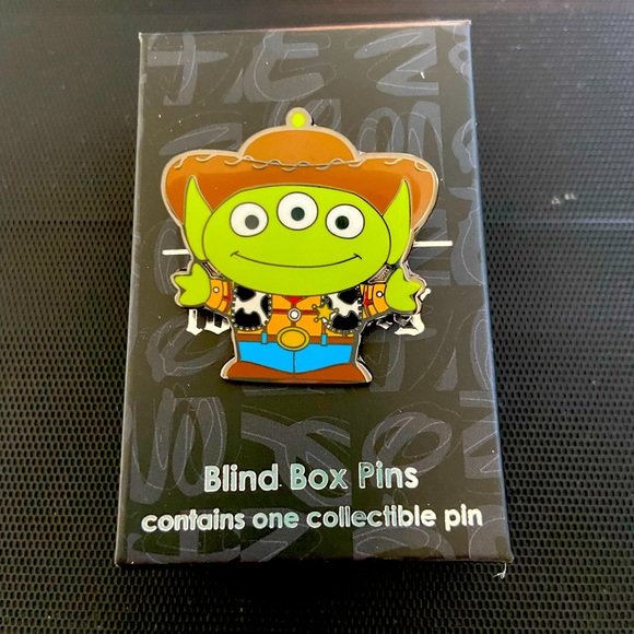 NWT PIXAR Loungefly Alien Toy Story Pin